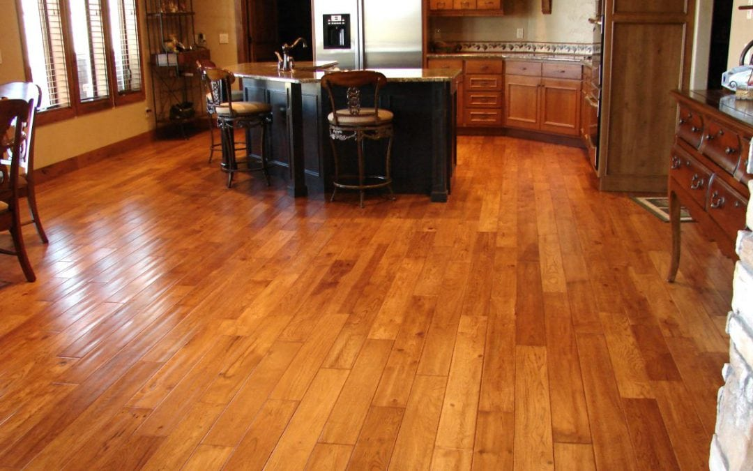 How to perfectly clean your hardwood floor on Thanksgiving?